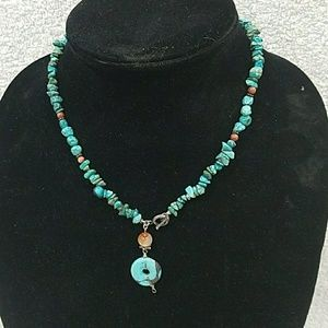"""Jewelry - A 16"""" turquious necklace"""